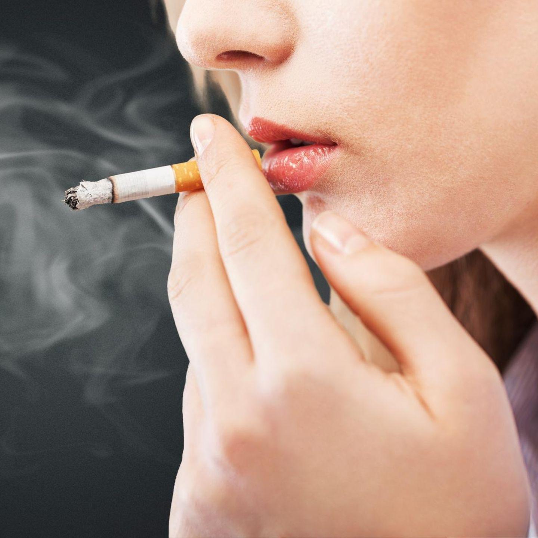 Zigaretten Sex rauchen Frauen Rauchen heiße