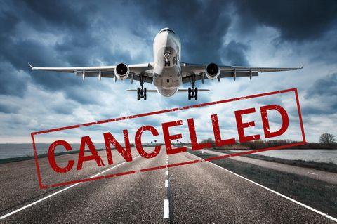 Coronavirus-News: Reisestornierungen - Flugzeug hebt ab