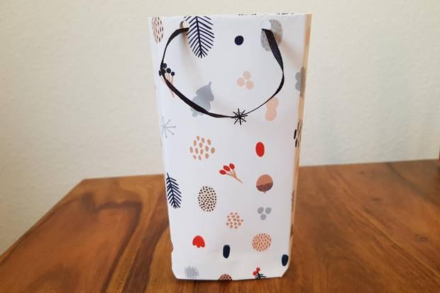 Geschenktüten basteln: Geschenktüte stehend