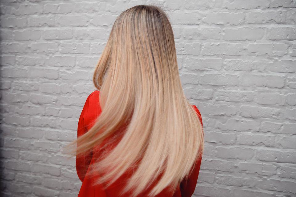 Die neue Haarstyling-Schule: Locken und Wellen