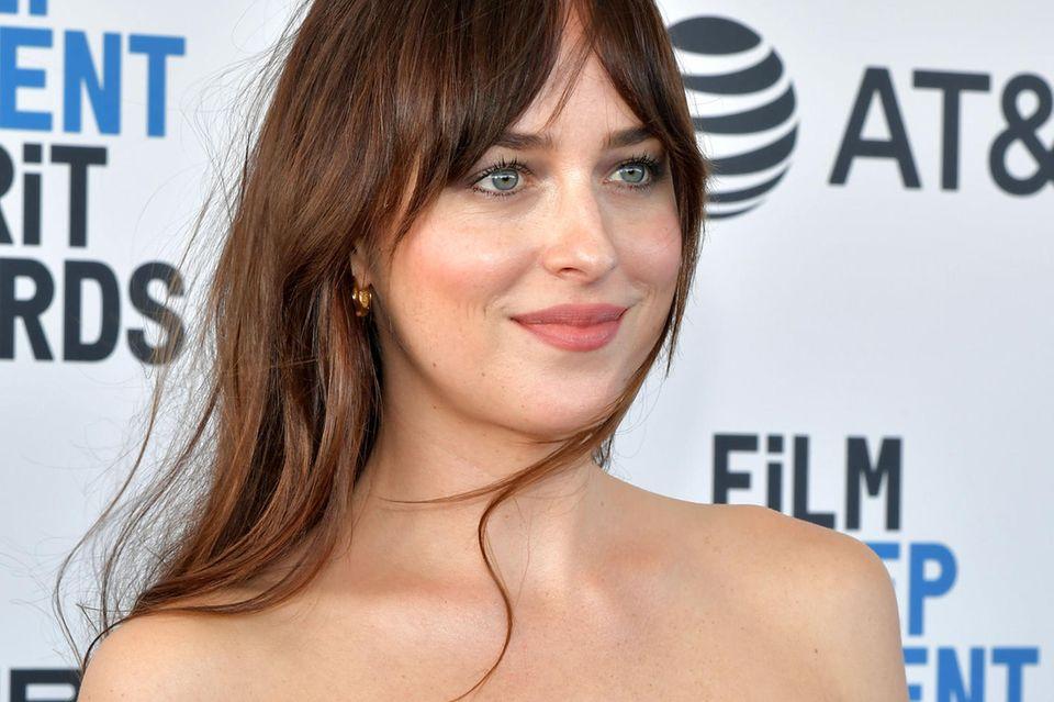 Schauspielerin Dakota Johnson ist ein großer Fam des Sweeping Fringe.