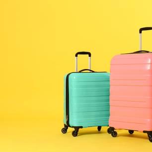 Es sind nur noch wenige kurze Nächte - dann startet wieder das große Sommergewinnspiel auf BRIGITTE-woman.de. Ab dem 4. Juli haben wir für Sie tolle Preise in den Geschenke-Koffer gepackt. Viel Glück.