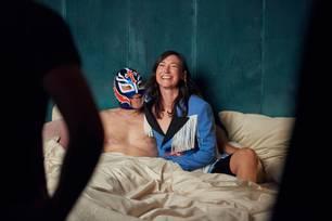 Paardiologie: Charlotte Roche und ihr Mann im Bett