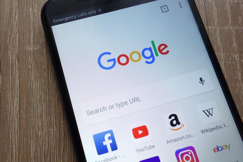 Können Google-Suchtrends dabei helfen, Covid-19-Ausbrüche zu entdecken?