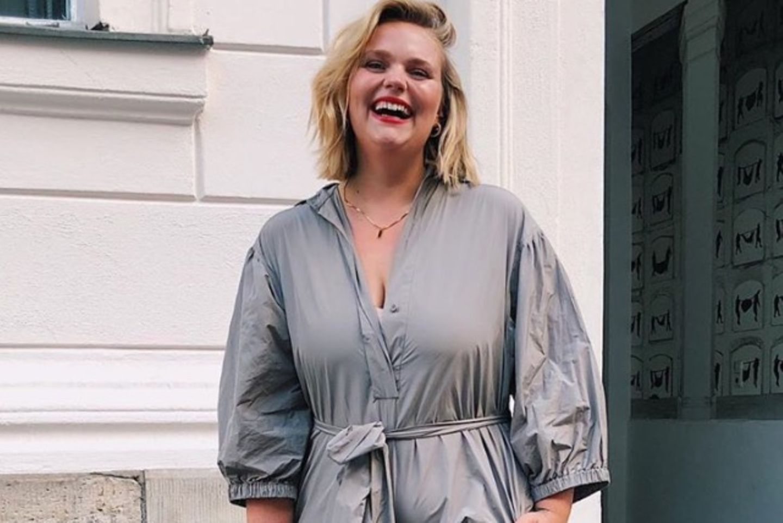 Curvy-Fashion: Curvy-Model Charlotte Kuhrt verrät: In dieses eine Teil sollte jede Frau investieren