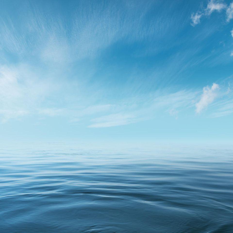 Stille Wasser sind tief: Blaues Meer