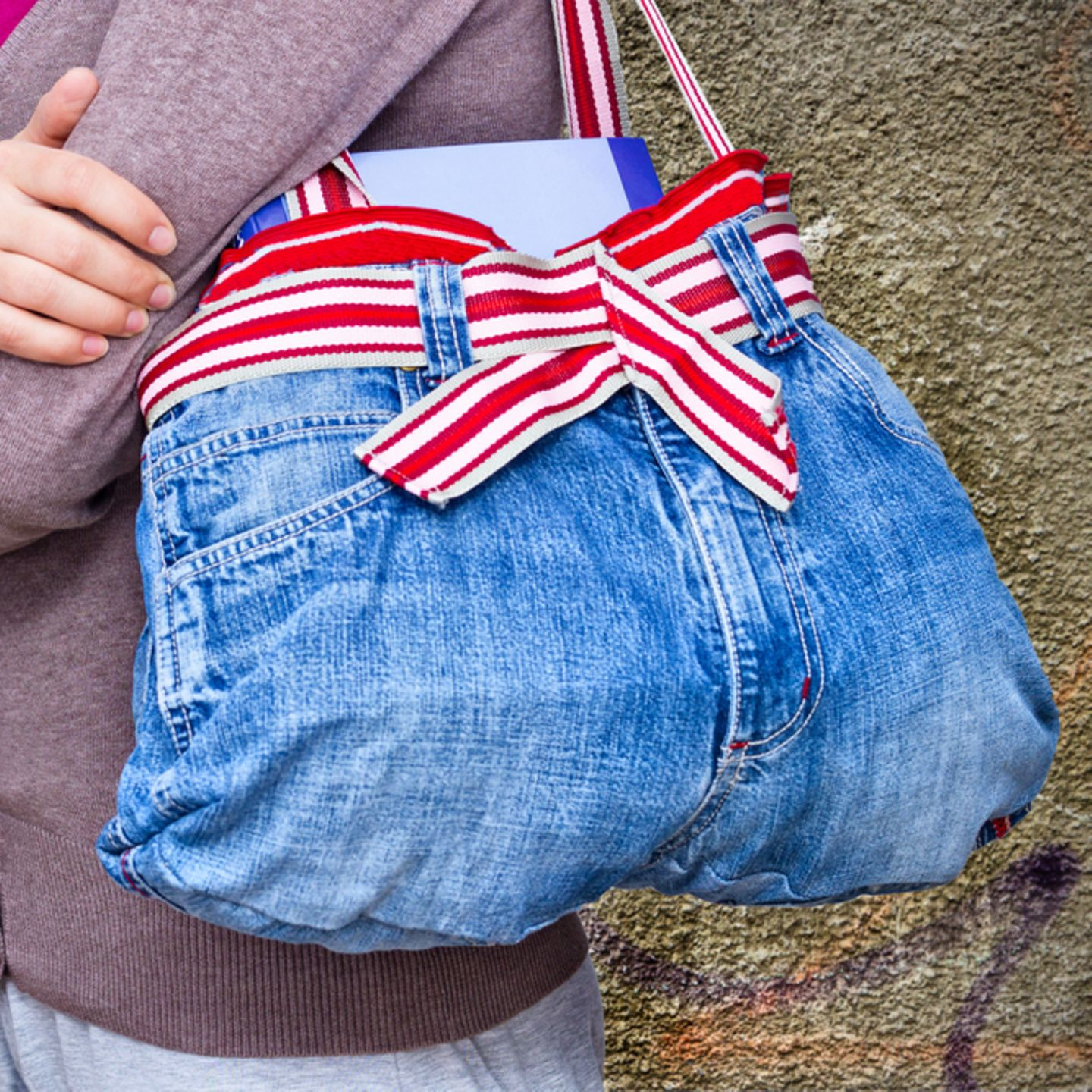 Upcycling: Tasche aus alter Jeans