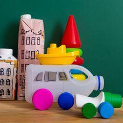 Upcycling: spielzeug aus leeren kanistern