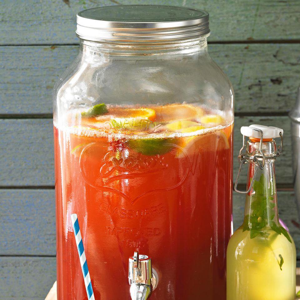 Roter Beerensirup mit Ingwer und Pfeffer