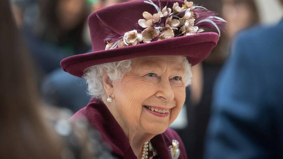 Queen Elizabeth II: Auf dieses Make-Up kann sie nicht verzichten