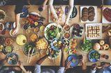 Was ich nach der Krise mache: gedeckter Tisch mit Essen