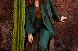 Mode in Naturfarben: Blazer mit passender Anzughose