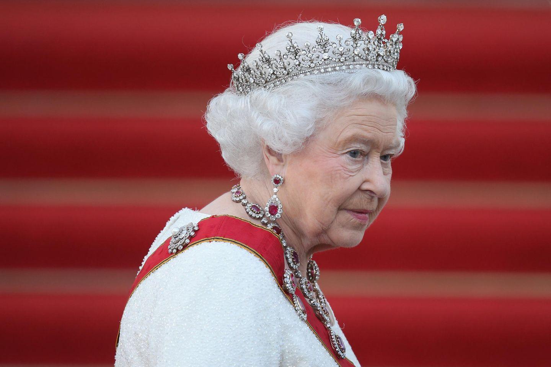 Queen Elizabeth: Sie gedenkt Amoklauf-Opfern in Kanada