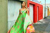 Sommermode 2020: Buntes Plissee-Kleid