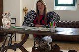 Stars im Home Office: Anna della Russo am Schreibtisch