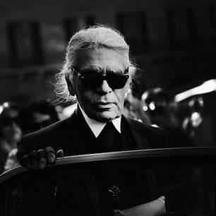 Karl Lagerfeld: Wurde er von seiner Mutter ans Bett gefesselt?
