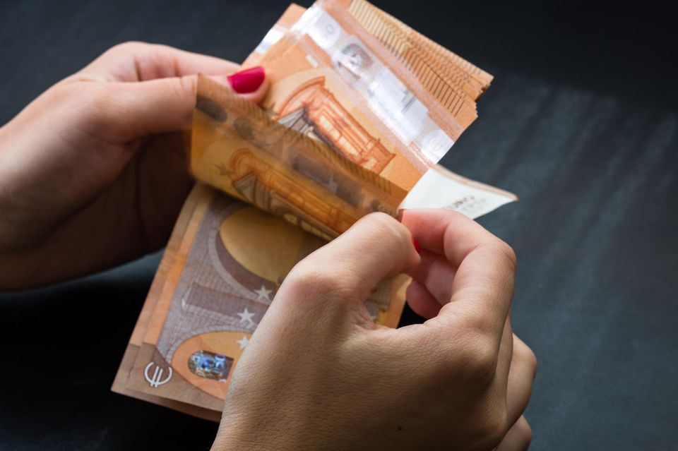 Geld ausgeben: Geldscheine