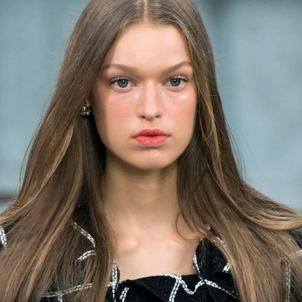Vinyl-Lipps: Model Chanel Modenschau 2020