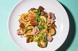 Zucchini-Linsen-Pasta mit Thunfisch