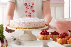 Kuchen mit Früchten: Rhabarber-Maracuja-Torte