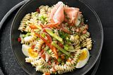 Pasta-Eier-Salat mit Schinken