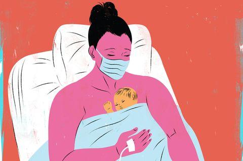 Corona aktuell: Mutter mit Mundschutz nach Geburt