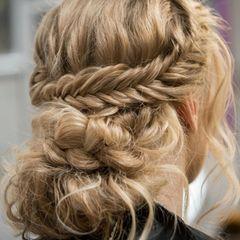 Flechtfrisuren lange Haare: Hochsteckfrisur
