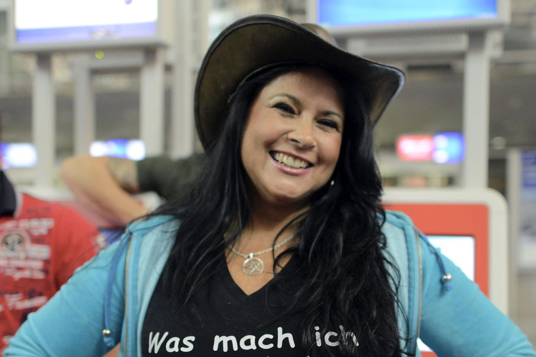 Iris Klein postet sexy Schnapsschuss