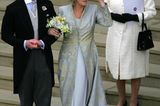 Queen Elizabeth II.: im weißen Kleid
