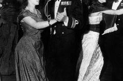 Queen Elizabeth II.: beim Tanzen