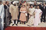 Queen Elizabeth II.: im Pünktchenkleid
