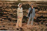 Hosenanzüge: Kragenloser Anzug und Karoanzug