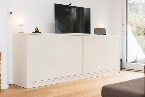 Hide television: Sideboard with television