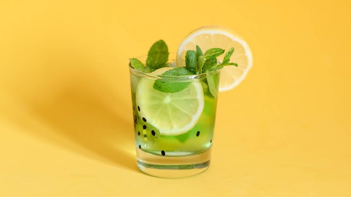 5 schnelle Cocktails für Urlaubsfeeling zu Hause