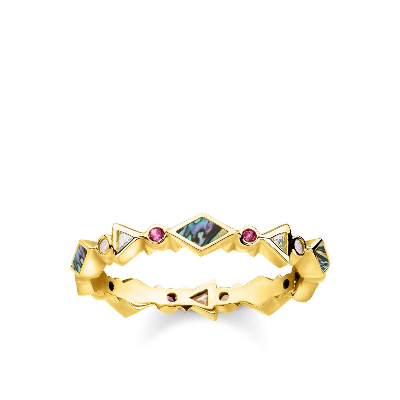 Leuchtende Schmucksteine und eine edle 750 Gelbgold-Vergoldung.Dieser Ring im Boho-Look ist von der paradiesischen Natur inspiriert und das perfekte Schmuckstück für den Sommer. Von Thomas Sabo, um 130 Euro.