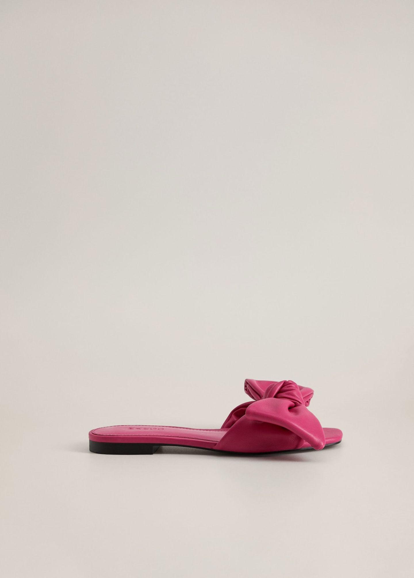 Flasche Sommerschuhe: pinke Sandalen
