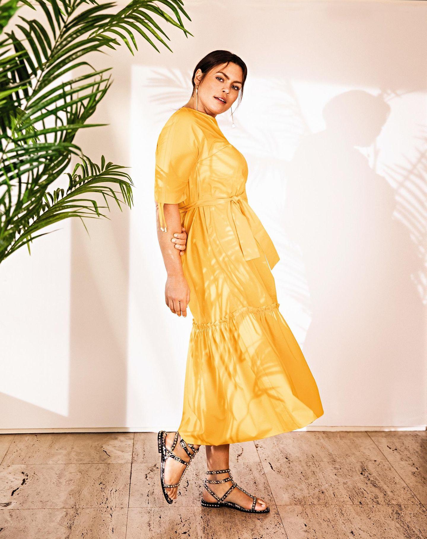 Sommerkleider: Gelbes Midikleid