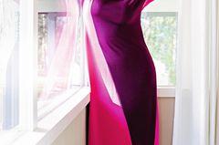 Sommerkleider: Zweifarbiges, körpernahes Kleid