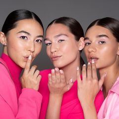 Lippenstift-Trends 2020: Models Backstage in Pink