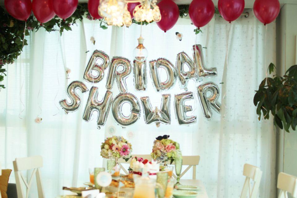 JGA und Corona: Partylocation mit dekoriertem Tisch