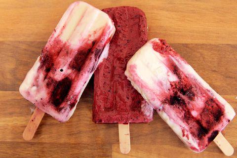 Blaubeeren-Joghurt-Popsicles