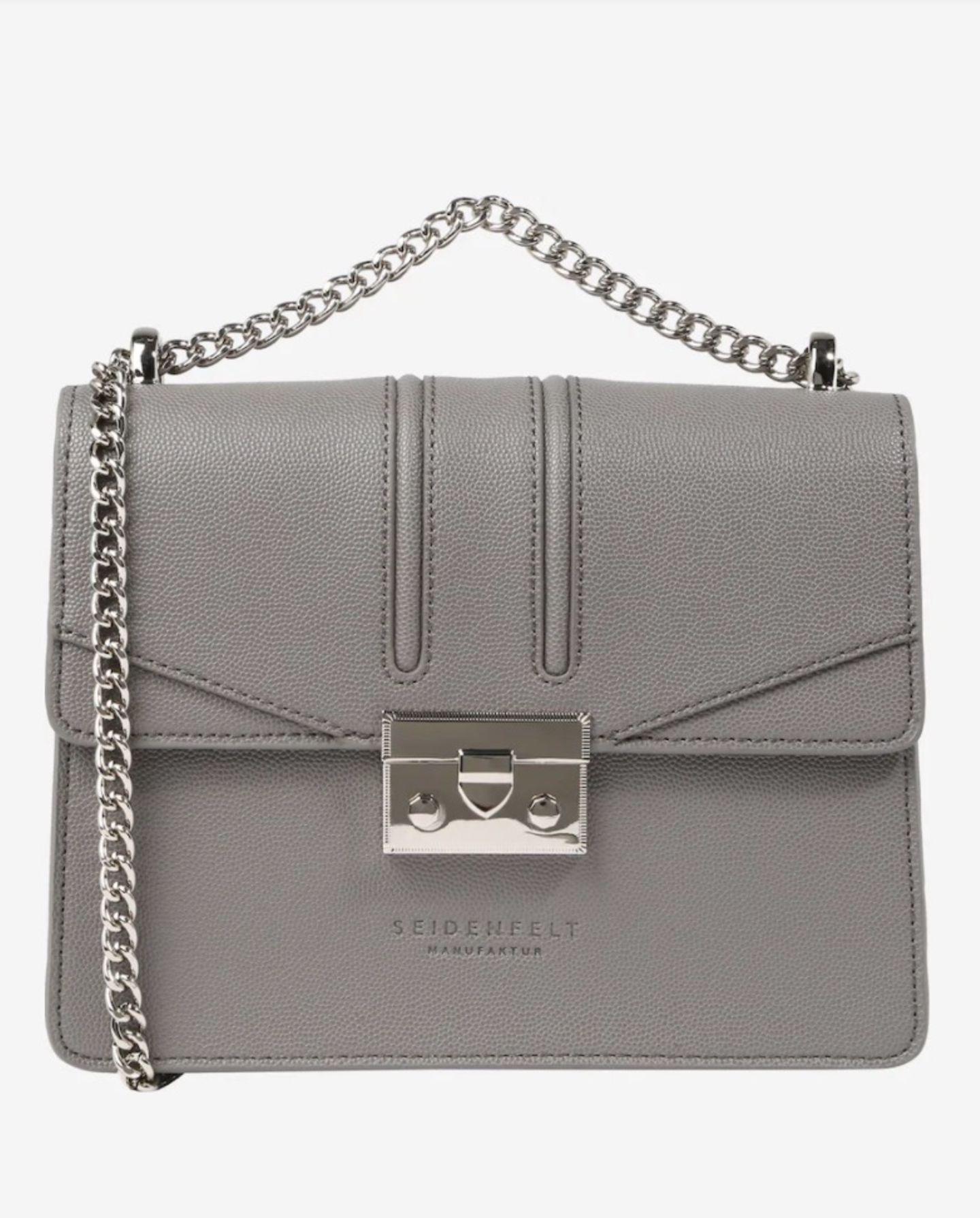 Zum Businesslook oder süßen Sommerkleid – diese Tasche ist ein echter Fashion-Allrounder! Von Seidenfelt Manufaktur über About You, reduziert auf 60 Euro.