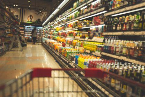 Rückruf: Getränke-Regal im Supermarkt
