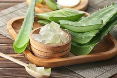 Make your own aloe vera gel: Aloe vera with wooden bowl