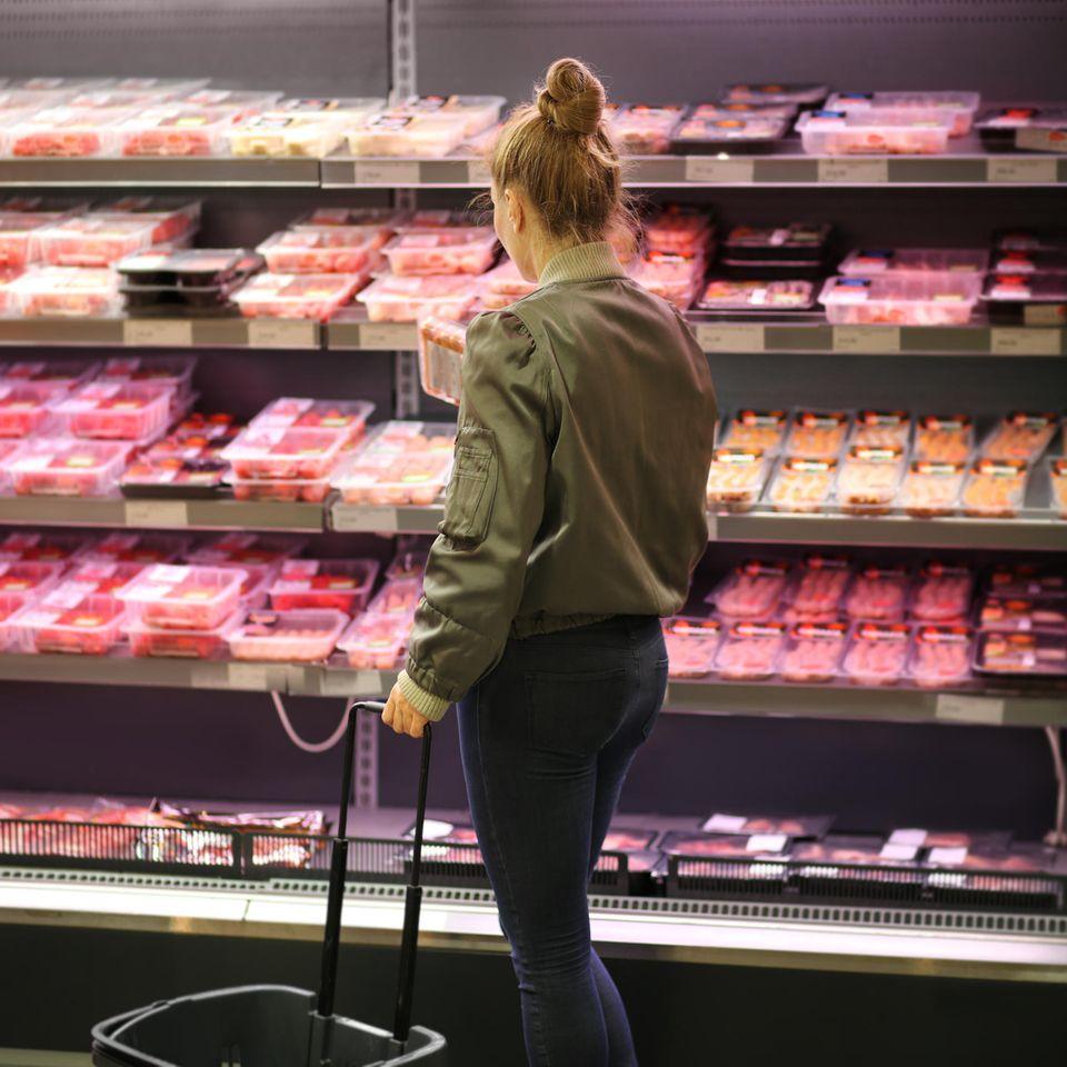Corona aktuell: Fleisch im Supermarkt