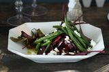 Rote-Bete-Salat mit Ziegenkäse und Bohnen