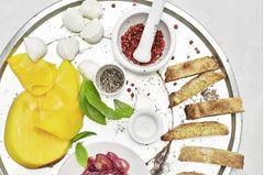 Süßer Mango-Mozzarella-Salat