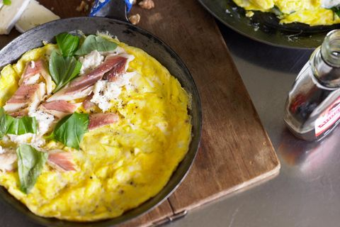 Omeletts mit drei Füllungen