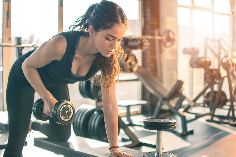 Krasser Vergleich! So wirkt sich Cardio vs. Krafttraining auf den Körper aus