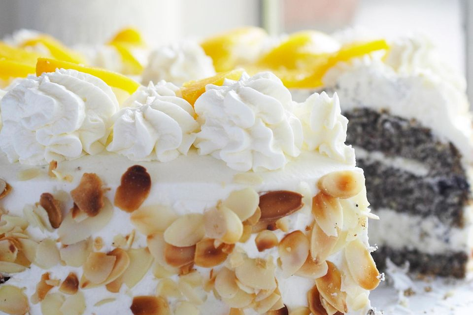 Pfirsich-Mohn-Torte